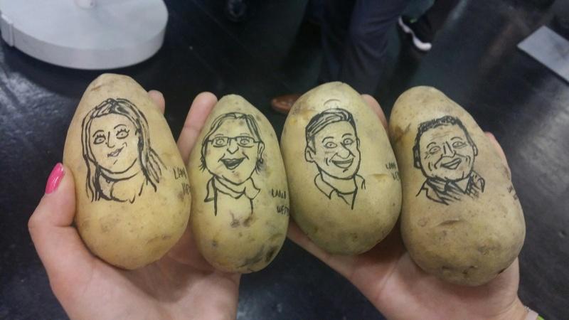 Karikatury na bramborách, lidé z Refi